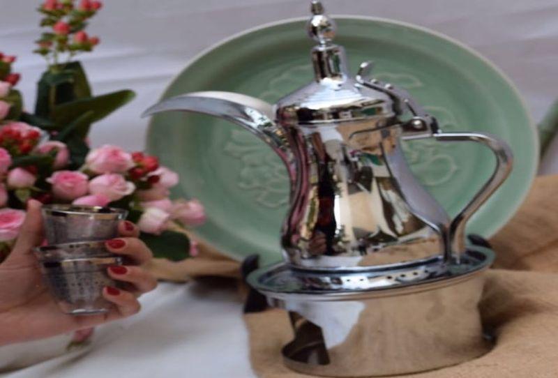خدمة شاي وقهوة